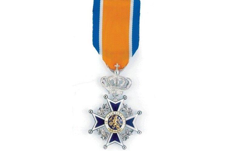 Koninklijke onderscheiding voor de heer Johannes van der Berg