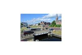 De Riensluisbrug in Lemmer wordt gerenoveerd